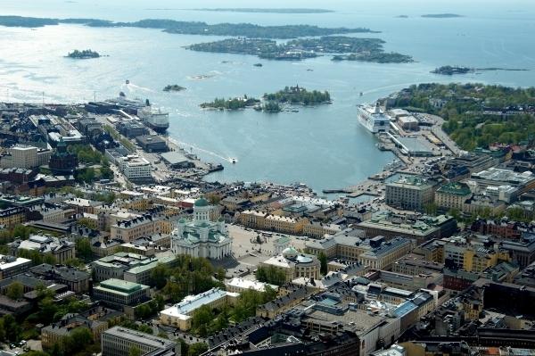 Helsinki stop over © Suomen Ilmakuva Oy