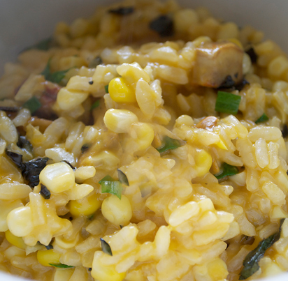 Vegetable risotto with garlic