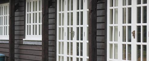 Barton Manor Lake Cottage