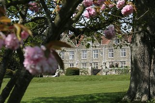 Barton Manor on a spring morning