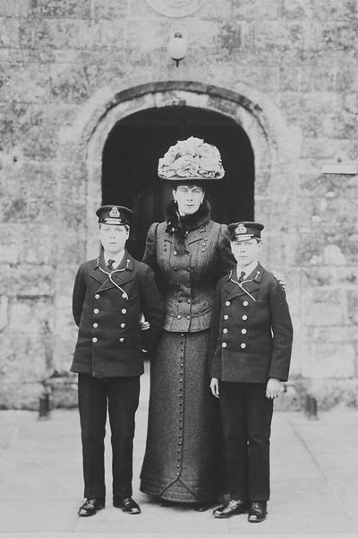 The Princess of Wales with her two eldest sons, Prince Edward and Prince Albert, 1909