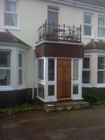 White Pvc U Square Bay Window With Dummy Sashes Featuring