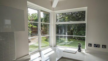 Contemporary corner windows