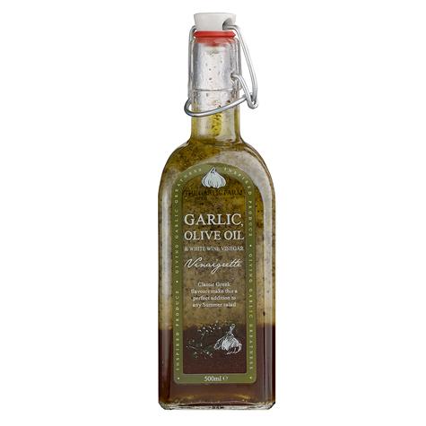 Garlic, Olive Oil and White Wine Vinaigrette