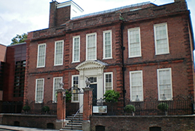http://www.love-where-u-live.com/list/events/pallant-house-gallery