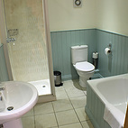 Barn Cottage bathroom.jpg