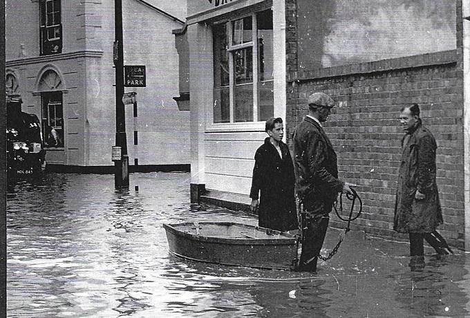 Flood Fountain.jpg