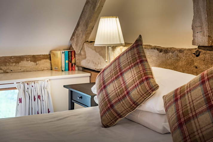 Kiln Cottage double bed.JPG