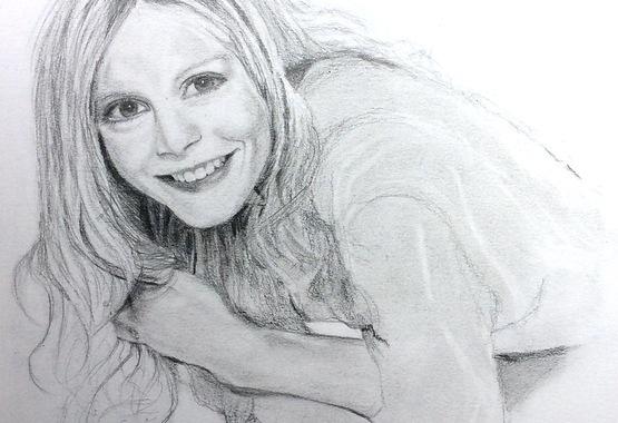 EmiliaFox.pencil.jpg