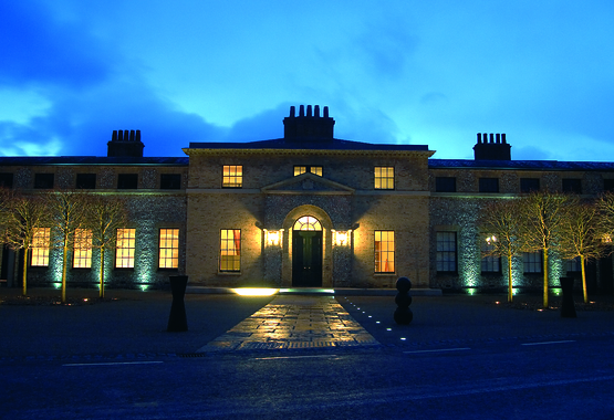 front of kennels at night 2007 (3).jpg