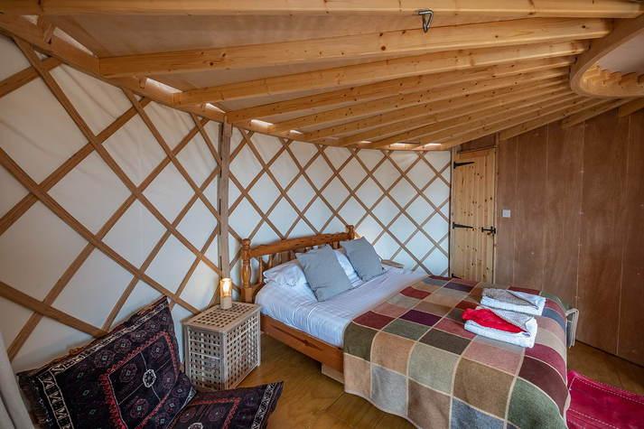 Yurt Bonnie bed.JPG