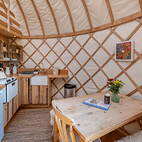 Yurt Bonnie dining.JPG