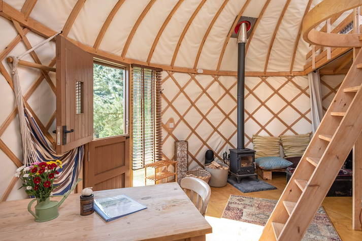 Yurt Bonnie interior.JPG