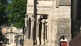 chartres5.jpg
