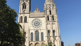 chartres1.jpg