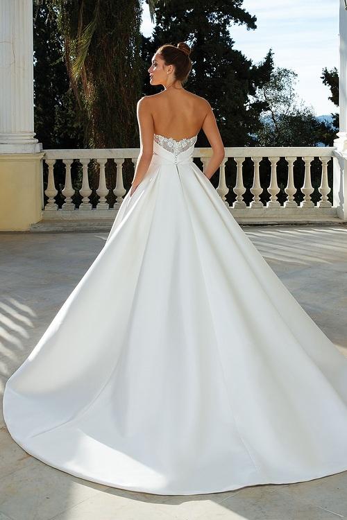 Brides of southampton_justin alexander_88110(back).jpg