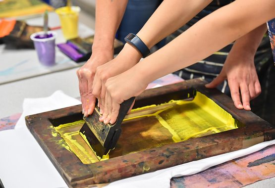 Children's screenprinting workshop_Photograph Andy Hood.jpg