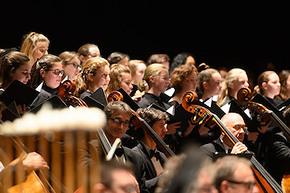 mahler-symphonie-3-maitrise-alex-bloch-orch-national-de-lille-critique-concerts-critique-opera-classiquenews-compte-rendu-critique-concert-musique-classique-news-classiquenews copy.jpg