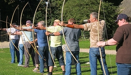 Shooting-the-traditional-longbow-course.jpg